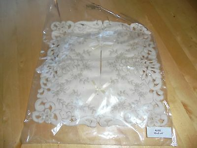 Gorgeous BN Lace tissue box cover