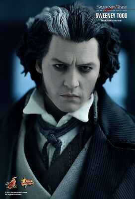 Hot Toys MMS149 Sweeney Todd 1/6 SCALE FIGURE