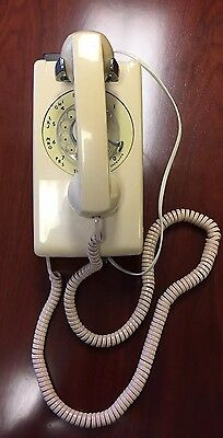 Vintage Western Electric 554 BMP Rotary Wall Phone