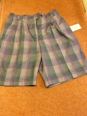 JRB LADIES GOLFING SHORTS IN SIZE 16 Green / Blue Check
