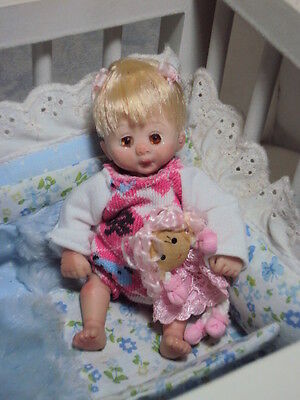 Mini OOAK HAND SCULPTED  Polymerclay Doll  Baby Girl Cassie 4.50""