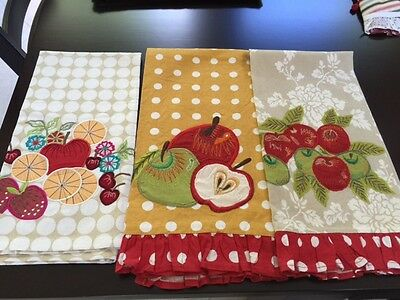 kitchen towels Apples home decor Fall set of 3
