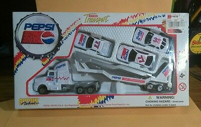 Pepsi Super Transport Set Die Cast and plastic Special Edition 1996 Golden Wheel