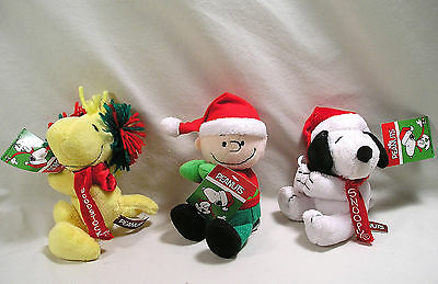 Collectible Peanuts Christmas Charlie Brown Snoopy & Woodstock Grip Clips Plush