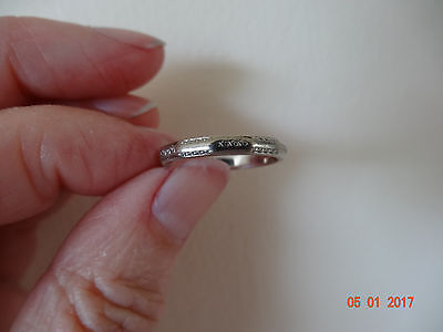 Vintage 18ct White Gold Patterned Octagonal style Ring size i