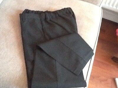 m&s boys school trousers size 8-9