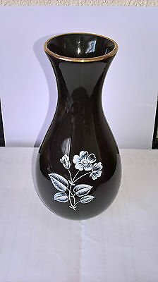 Wade black vase 6.5inches/16.5cm high
