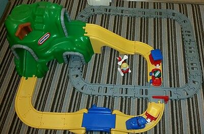 Little Tikes Road and Rail set Imnaculate