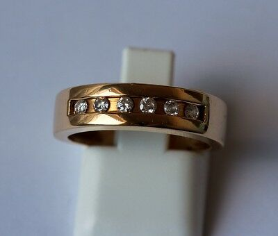 BAGUE en OR 18 carats sertie de 6 diamants taille brillant - 5.50 grammes -