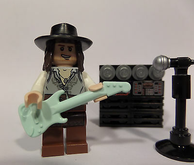 Lego Custom Rock Star with Guitar, Amp, and Mic! SRV Stevie Ray Vaughan