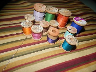 nt767) Vintage Thread Spools Wooden With Thread Belding corticelli