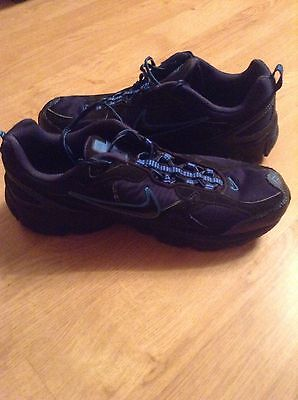 mens nike trail running trainers size 11