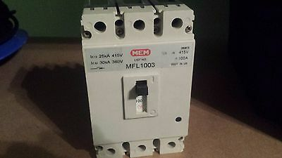 Mem Mfl1003, 100A 3 Pole Mccb Circuit Breaker Same As Bill Tlf1003 100Amp