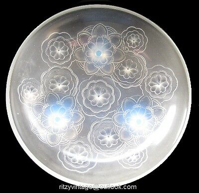 1930s Sabino French Art Deco opalescent glass bowl