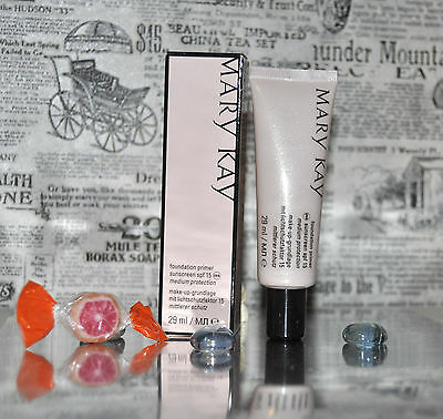 mary kay make up Primer Foundation spf 15 LSF medium protection Geschenkidee !