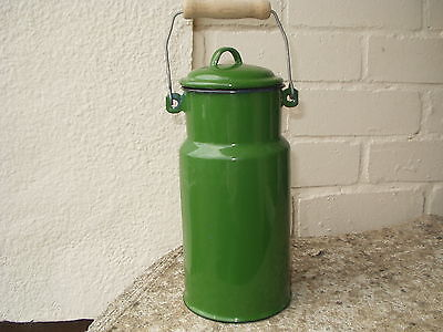 Green enamel storage pot with lid and carrying handle