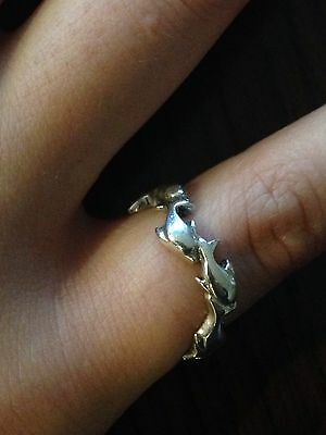 A beautiful vintage Dolphin In The Circle Ring,sterling.resale,marked925,size 9