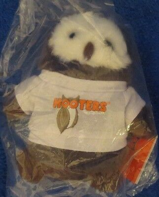 Hooters Plush Owl with T-shirt