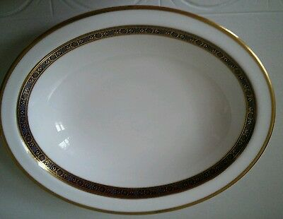 Royal Doulton Harlow oval serving dish. 10.3/4in