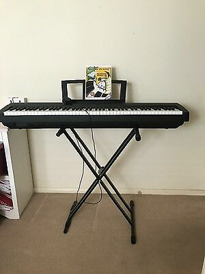 Yamaha P - 35 digital piano