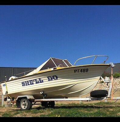 4.9 Fibreglass Boat With All The Extras