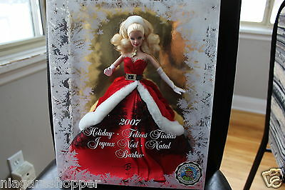 2007 HOLIDAY Barbie*Santa Dress*Red*White*Canada/Canadian*Bilingual Edition*MINT