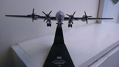 Superfortress 1/200 die cast model