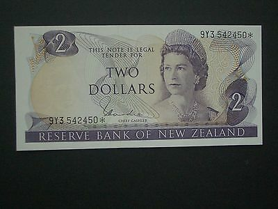 **Fresh New Zealand $2 Replacement*** 'UNC'  Hardie  Banknote**