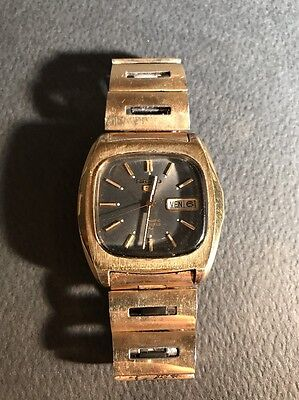 Vintage Seiko 5 Automatic Mens Watch - 1974