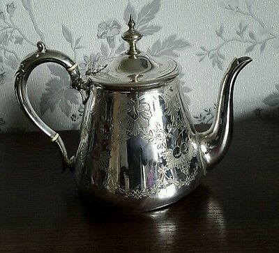 A Vintage Walker & Hall Silver Plated Engraved Teapot