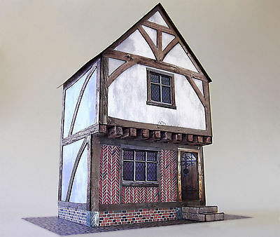 7mm Scale Tudor Town House Card Model Kit Ideal For O Gauge Railways / Tramways