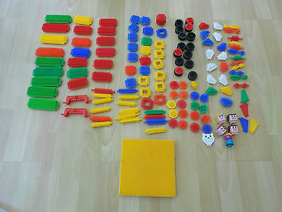 STICKLEBRICKS Building Set with Axles/Heads/Base/ Wheels 135 pieces in VGC