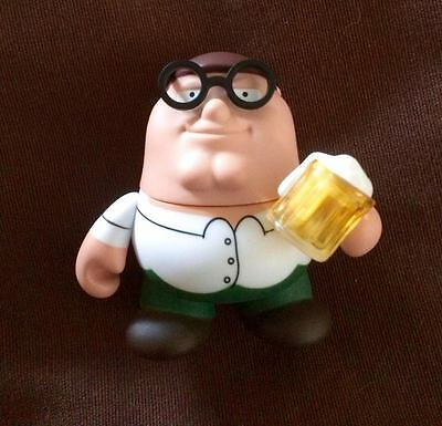 "Kidrobot Family Guy 3"" collectable mini figure - Peter & beer & glasses (2/16)"