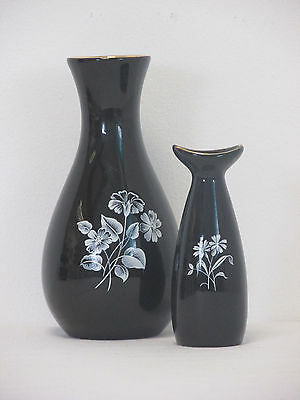 Vintage Wade Black and White Floral Decorated Pair of Small Flower or Bud Vases