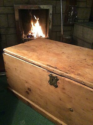 Antique PINE CHEST, Wooden Blanket TRUNK, Coffee TABLE, Old Vintage Storage Box