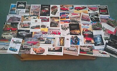 BOXED SET OF 50 MODERN POSTCARDS OF 20th CENTURY UK CARS BY VINTAGE AD GALLERY