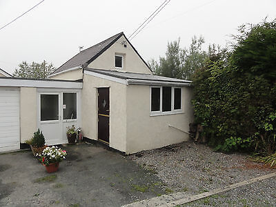 Holiday accommodation cosy small 1 bed Cottage in Anglesey North Wales Sleeps 2