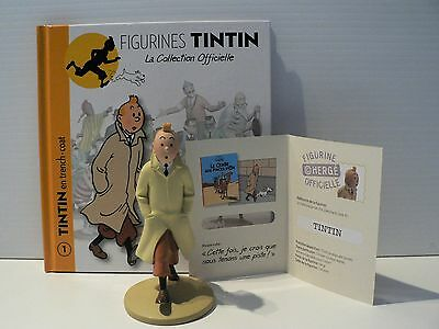 TINTIN FIGURINE  ** TINTIN EN TRENCH COAT with Book and Passeport