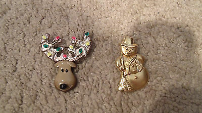 x2 Christmas Pins/Brooches-Snowman/Moose Head-Gold Toned/Christmas Lights-Brown