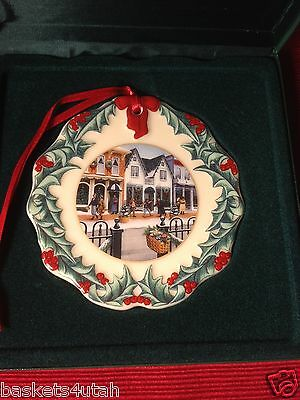Longaberger Collectors Club ~ 1998 Hometown CHRISTMAS ORNAMENT / TIE ON ~ NEW!