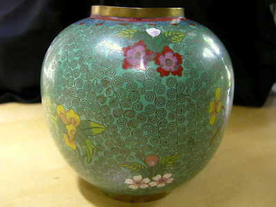 Enamel Cloisonne Floral Ginger Jar Vase Green Multicolor, Rare and Special