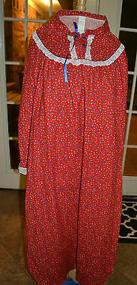 VINTAGE 1970's WOMENS LONG CALICO FLANNEL GOWN SLEEP, NIGHT GOWN, UNION MADE