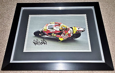 VALENTINO ROSSI MOTO GP HAND SIGNED FRAMED PHOTO AUTHENTIC GENUINE + COA - 18x14