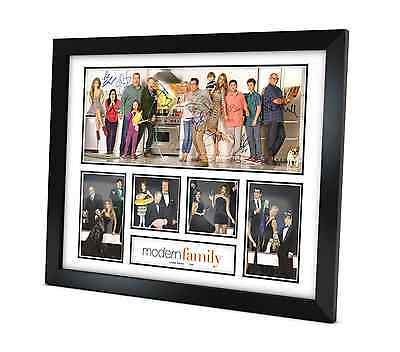 Modern Family - Signed Photo - Memorabilia - Framed - Limited Edition