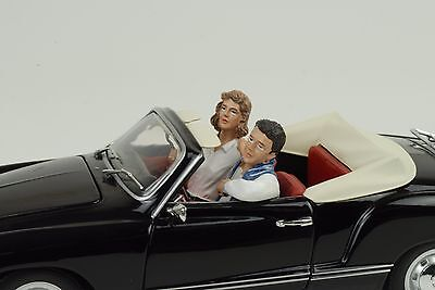 Pair seated Couple Figurine Figurines Set 2 blau 1:24 American Diorama / no car