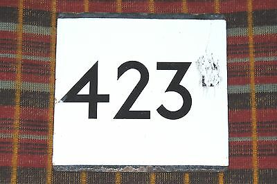 LONDON TRANSPORT COUNTRY AREA BUS STOP E-PLATE Route 423 - LT altered from 423B