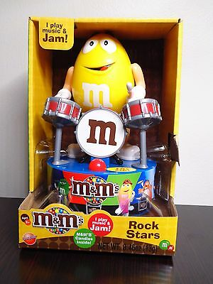 2016 M&M's Rock Stars Yellow Drummer Plays Music & Jams Collectible