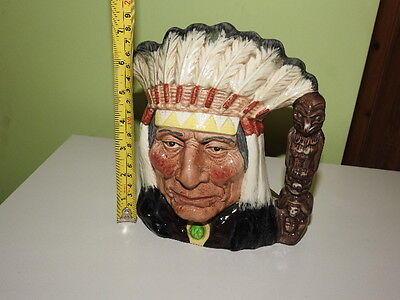 LARGE NORTH AMERICAN INDIAN ROYAL DOULTON D6611 Perfect Condition.