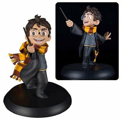 Harry Potter : HARRY'S FIRST SPELL Figurine from Quantum Mechanix