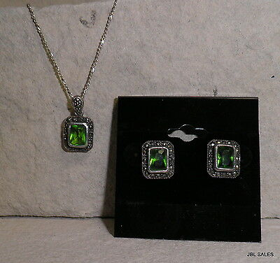 Lovely Sterling Silver Emerald & Marcasite Necklace & Earring Set